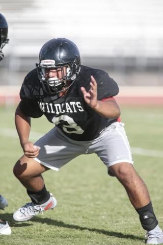 Las Vegas High School linebacker Cruz Littlefield prepares to block during football practice at the school Wednesday, Sept. 2, 2015. Donavon Lockett/Las Vegas Review-Journal