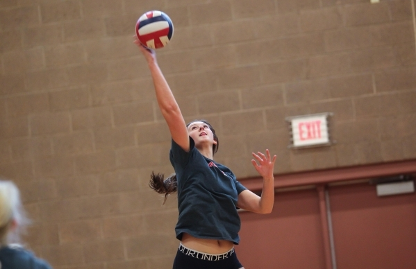 Arbor View middle blocker Kasey Kershaw returns the ball during volleyball practice in Las Vegas on Tuesday, Sept. 15, 2015. Chase Stevens/Las Vegas Review-Journal Follow @csstevensphoto