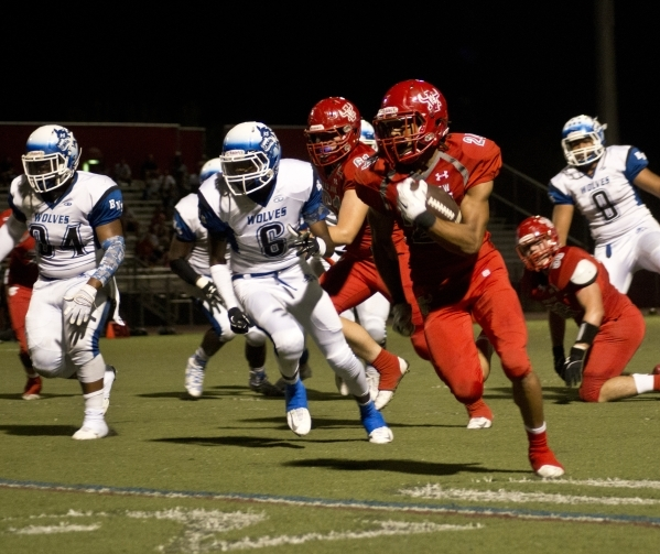 Arbor View High School running back Curtis Jones takes the ball downfield for a touchdown against Basic High School during a game at Arbor View on Friday night, Sept. 25, 2015. Daniel Clark/Las Ve ...