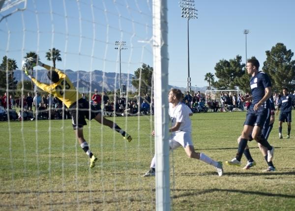 Coronado's Harrison Skinner (23) stops the ball during the Sunrise Region boys soccer championship against Green Valley High School at Bettye Wilson Park on Saturday, Nov. 7, 2015. Daniel Cl ...