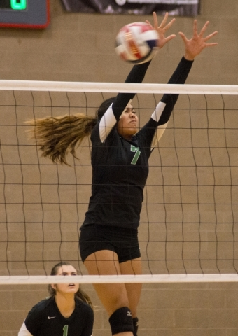 Palo Verde's Aaliah Largusa (7) attempts to block the ball during the Sunset Region girls volleyball semifinal against Shadow Ridge High School at Arbor View High School in Las Vegas on Thur ...