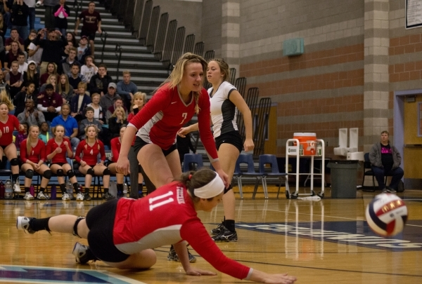 Truckee's Anias Fay (11) dives for the ball during the division I-A state volleyball final match between Faith Lutheran and Truckee at Foothill High School on Saturday, Nov. 14 2015. Daniel  ...