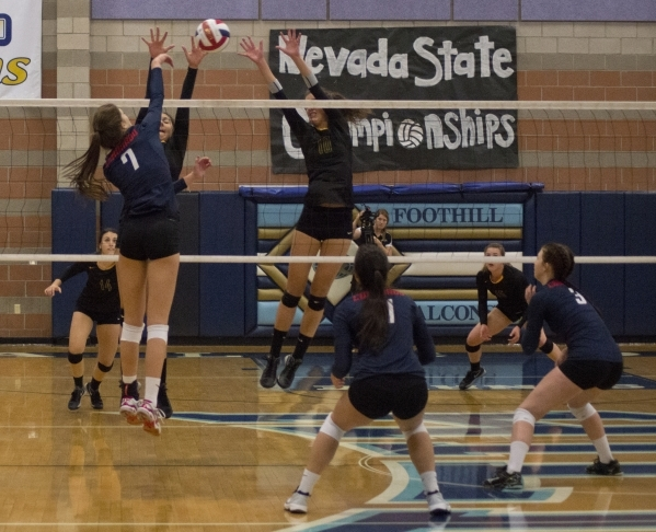 Coronado's Nikki Jackson (7) hits the ball during the division I state volleyball final match between Coronado and Bishop Manogue at Foothill High School on Saturday, Nov. 14 2015. Daniel Cl ...