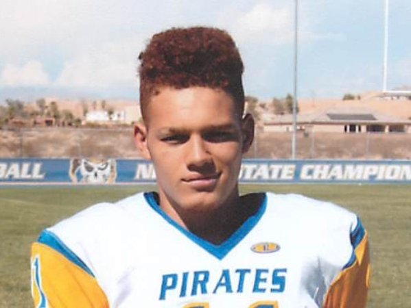 WR/DB R.J. Hubert, Moapa Valley (6-0, 185): The senior caught 41 passes for 783 yards and nine TDs and rushed for 727 yards and 15 TDs. Hubert returned five kickoffs for scores. He was selected th ...