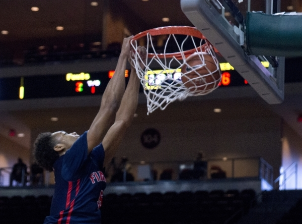 Findlay Prep's PJ Washington (5) dunks the ball during their game against Victory Prep during the fourth annual Tarkanian Classic basketball tournament at the Orleans Arena in Las Vegas on F ...