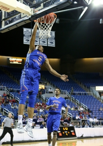 Bishop Gorman's Chuck O'Bannon dunks against Coronado during the NIAA Division I state basketball championship in Reno on Friday, Feb. 26, 2016. Bishop Gorman won the title 83-63. Cath ...