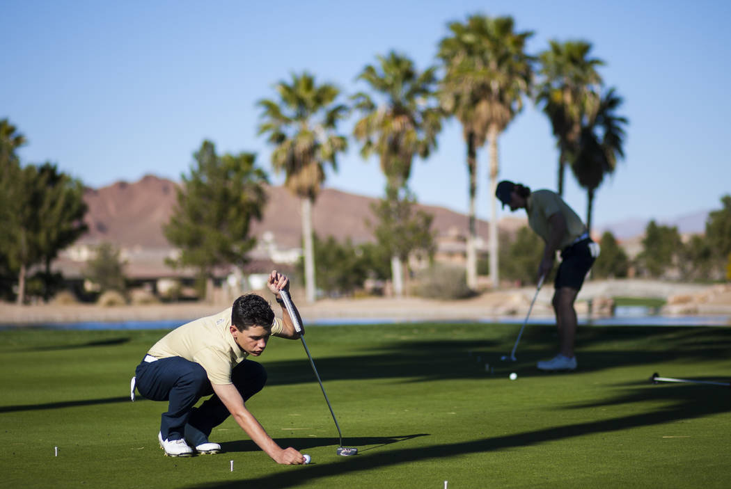 Foothill sophomore Noah MacFawn lines up his shot during practice at Chimera Golf Club in Henderson on Monday, March 6, 2017. (Chase Stevens/Las Vegas Review-Journal) @csstevensphoto