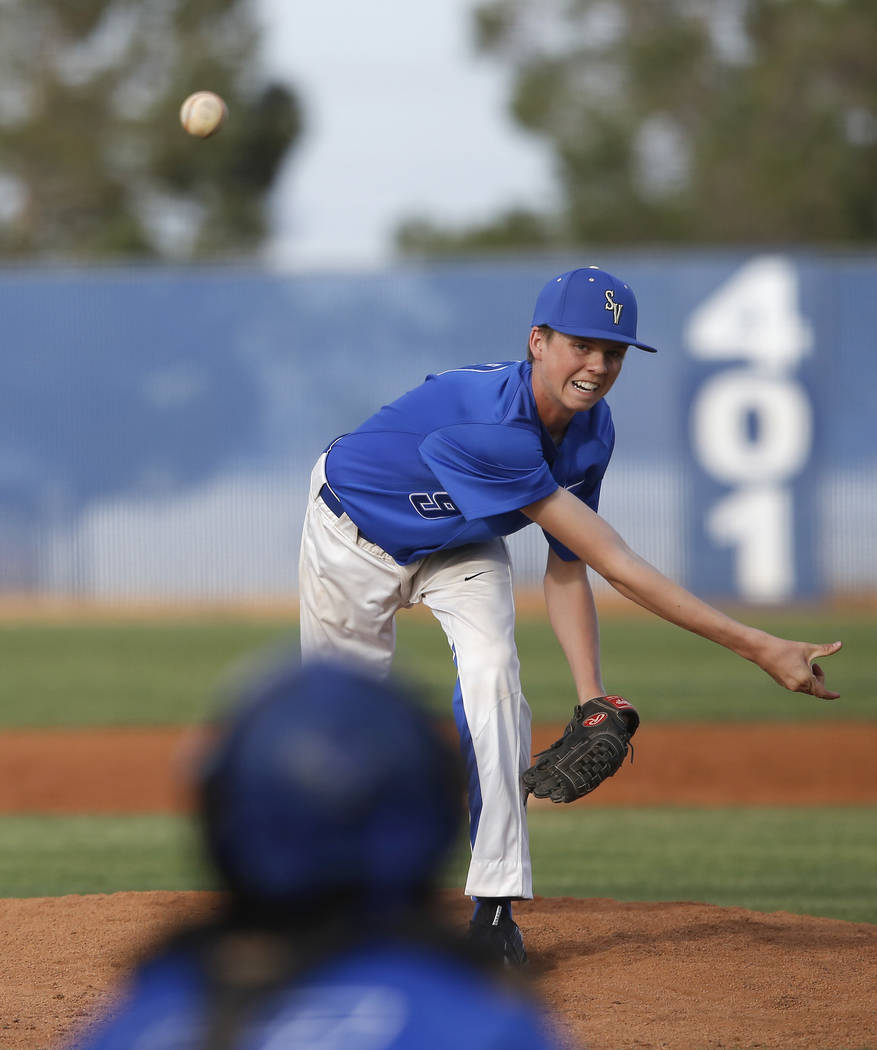 Sierra Vista's Andrew Carlson (9) pitches during the seventh inning of a high school baseball game against Desert Oasis at Sierra Vista High School on Thursday, March 16, 2017, in Las Vegas. Deser ...