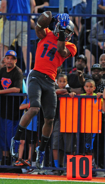 Bishop Gorman wide receiver Dorian Thompson-Robinson is unable to make a catch in the first quarter of their prep football game against Cocoa, Fla., at Bishop Gorman High School in Las Vegas Frida ...