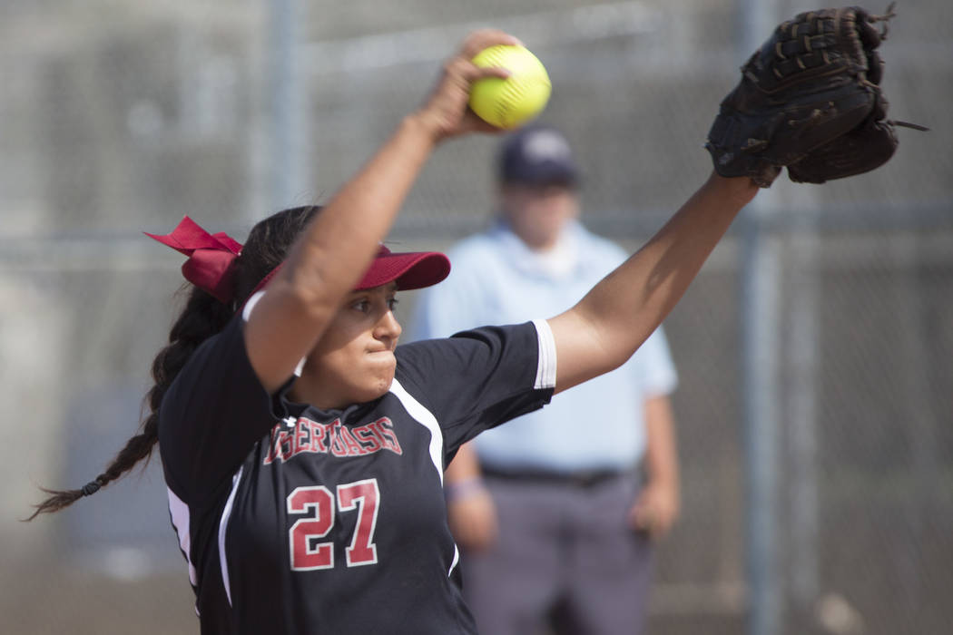 Desert Oasis senior Elsy Guzman pitches to Durango during a game at Desert Oasis High School on Tuesday, April 25, 2017, in Las Vegas. Bridget Bennett/Las Vegas Review-Journal @bridgetkbennett