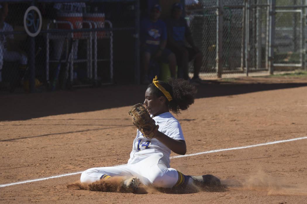 Sierra Vista's Harmony Dominguez (14) makes a catch for an out against Durango at Sierra Vista High School on Thursday, May 4, 2017, in Las Vegas. Sierra Vista won 8-1. Erik Verduzco Las Vegas Rev ...