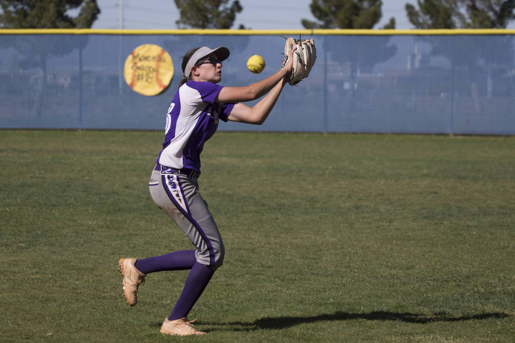 Durango's Kaitlin Fazendin (33) fails to catch the ball in the outfield against Sierra Vista at Sierra Vista High School on Thursday, May 4, 2017, in Las Vegas. Sierra Vista won 8-1. Erik Verduzco ...