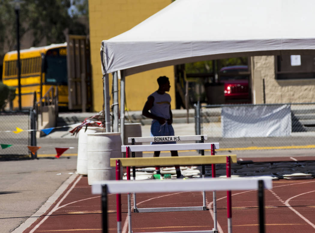 R.J. McCarter during track practice at Bonanza High School in Las Vegas on Thursday, May 4, 2017. Miranda Alam Las Vegas Review-Journal @miranda_alam