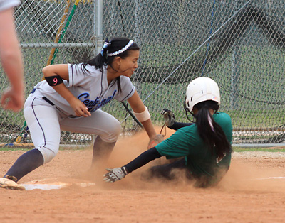 PREPS-SOFTBALL-APR14