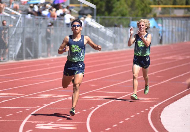 Lenny Rubi, left, is the defending Sunrise Region champion in the 1,600. Martin S. Fuentes/Las Vegas Review-Journal