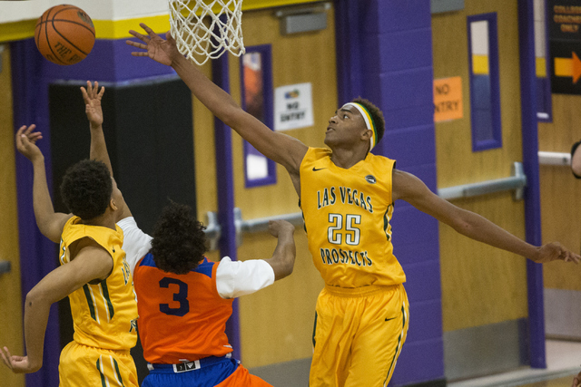 Las Vegas Prospects' Chuck O'Bannon (25) goes up for a block against Dream Vision in the NY2LA Sports Summer Showndown tournament game at Durango High School on Wednesday, July 20, 2016, in Las Ve ...