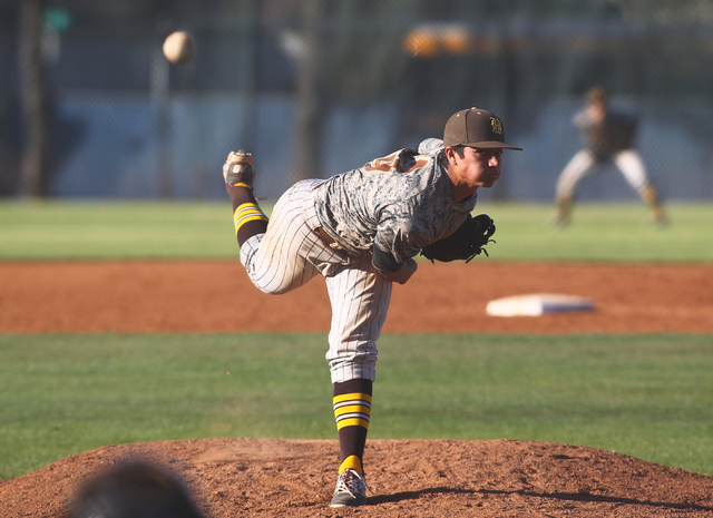 Bonanza's Alec Taft (13) pitches against Green Valley on Friday. Bonanza won, 9-5. (Chase Stevens/Las Vegas Review-Journal)