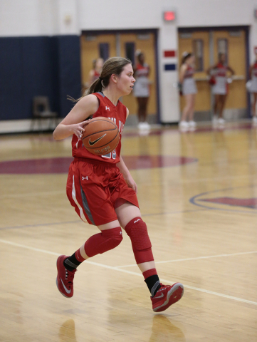 Arbor View's Katie Wolfram (20) handles the ball during Monday's game at Liberty. Liberty won the game 59-41. (Donavon Lockett/Las Vegas Review-Journal)