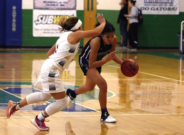 Durango's Aaliyah Matthews (11) drives towards the hoop during a high school basketball game at the Gator Winter Classic on Tuesday, Dec. 27, 2016, in Henderson. (Christian K. Lee/Las Vegas Review ...