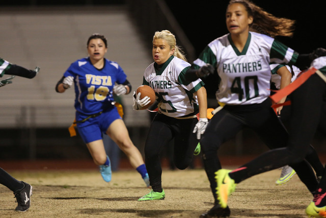 Palo Verde senior Amanda Drake runs the ball against Sierra Vista at Sierra Vista High School on Thursday, Feb. 16, 2017, in Las Vegas. Palo Verde defeated Sierra Vista 26-19. (Bridget Bennett/Las ...