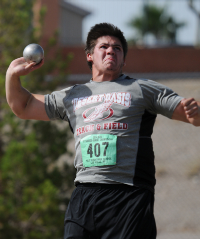 Desert Oasis Gary Abdella competes in the boys shot put at the Sunset Region meet on Saturday. Abdella won the event with a mark of 51 feet, 5¼ inches. (Erik Verduzco/Las Vegas Review-Journal)