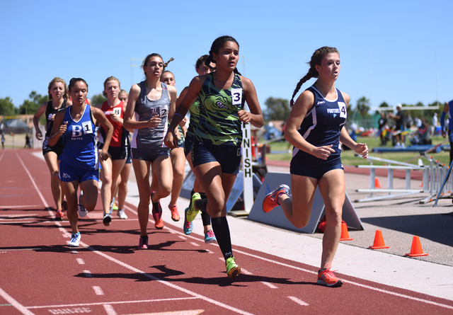 Girls compete in the 800-meter relay at the Sunrise Region meet held at Del Sol High School in Las Vegas on Saturday, May 14, 2016. Martin S. Fuentes/Las Vegas Review-Journal