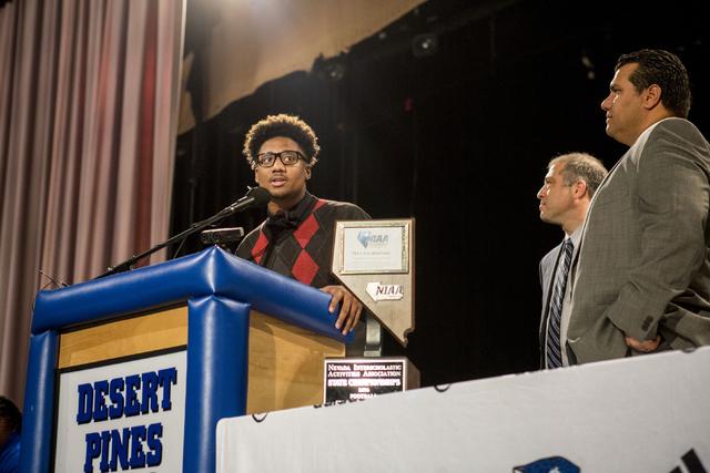 Senior Marckell Grayson announces his decision to play college football for UNLV, Desert Pines High School, Las Vegas, February. 1, 2017.  (Elizabeth Brumley/Las Vegas Review-Journal) @EliPagePhoto