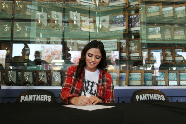 Palo Verde senior Cara Beatty signs her paperwork for playing softball at UNLV, Wednesday, Nov. 9, 2016, at Palo Verde High School in Las Vegas. Elizabeth Page Brumley/Las Vegas Review-Journal Fol ...