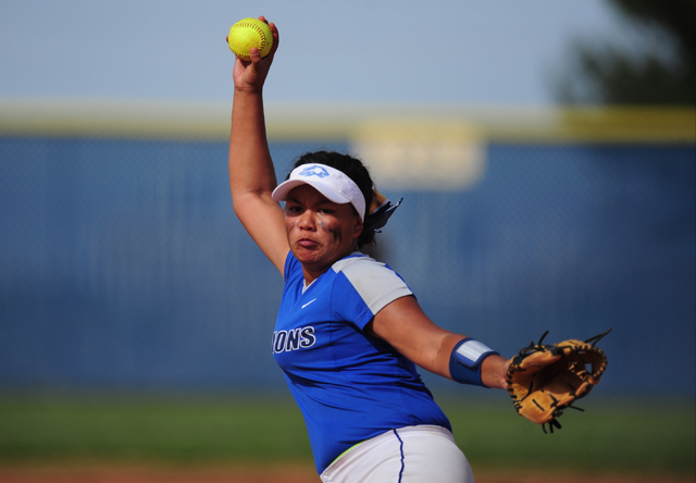 Sierra Vista starting pitcher Kalei Watkins delivers to Spring Valley in the fourth inning of their prep softball game at Sierra Vista High School in Las Vegas Wednesday, May 4, 2016. Spring Valle ...