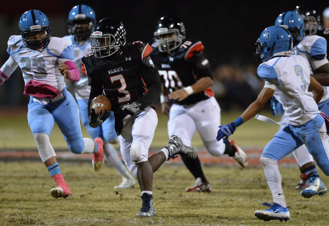 Las Vegas running back DiQuan Brown (3) runs the football during the Las Vegas High School Canyon Springs High School game at Las Vegas High School on Friday, Oct. 7, 2016. Brett Le Blanc/Las Vega ...