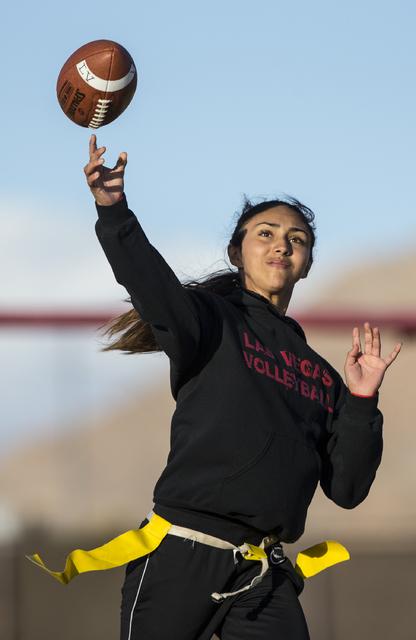 Wildcat quarterback Sabrina Saldate makes a pass during flag football practice at Las Vegas High School on Monday, Nov. 28, 2016, in Las Vegas. Benjamin Hager/Las Vegas Review-Journal