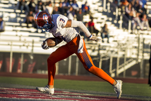 Bishop Gordan's Jalen Nailor (3), runs for a touch down during the Sunset Region football final between Bishop Gorman and Arbor View at Arbor View High School, Saturday, Nov. 26, 2016, Las Vegas.  ...