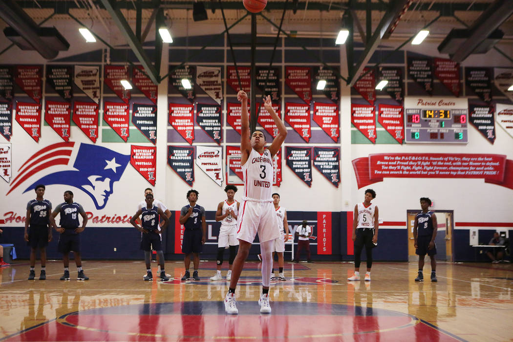 Liberty sophomore and California United player Julian Strawther (3) makes a free throw during an AAU game at Liberty High School on Friday, July 28, 2017 in Henderson. Bridget Bennett Las Vegas Re ...