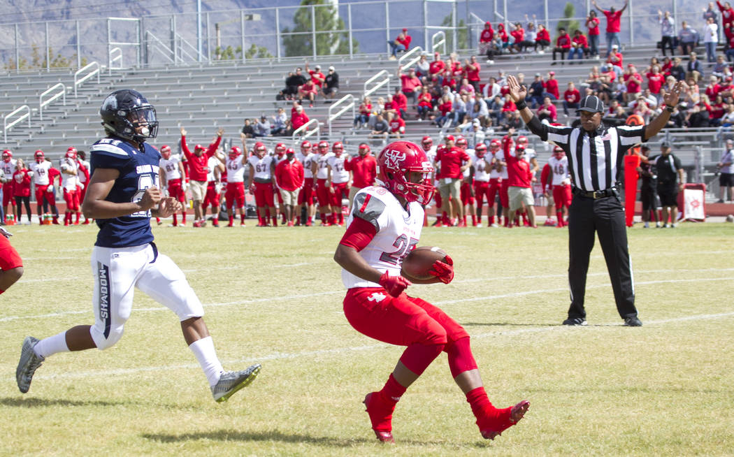 Arbor View's Kyle Graham (25) crosses into the end zone against Shadow Ridge during a football game at Shadow Ridge High School on Saturday, Sept. 23, 2017, in Las Vegas. Richard Brian Las Vegas R ...