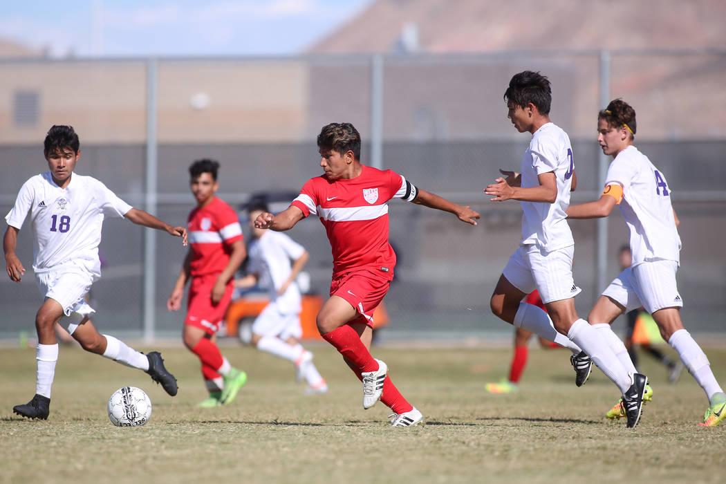 Western player Juan Arredondo-Alvarez (5) dribbles the ball during a game against Sunrise Mountain at Sunrise Mountain High School in Las Vegas, Wednesday, Sept. 27, 2017. Sunrise Mountain won 3-0 ...