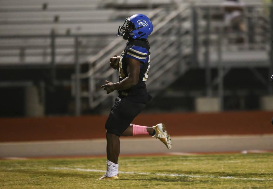Sierra Vista's Bryan LaGrange (28) scores a touchdown against Durango during a football game at Sierra Vista High School in Las Vegas on Friday, Oct. 13, 2017. Chase Stevens Las Vegas Review-Journ ...