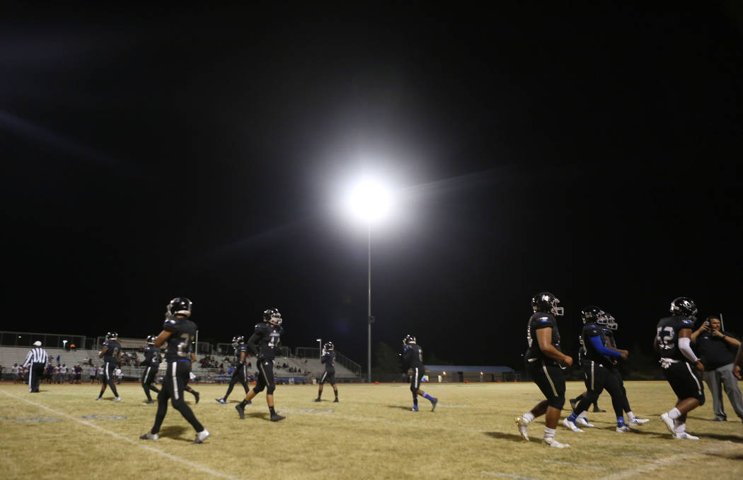 Desert Pines plays against Sunrise Mountain at Desert Pines High School in Las Vegas, Friday, Oct. 20, 2017. Elizabeth Brumley Las Vegas Review-Journal @EliPagePhoto