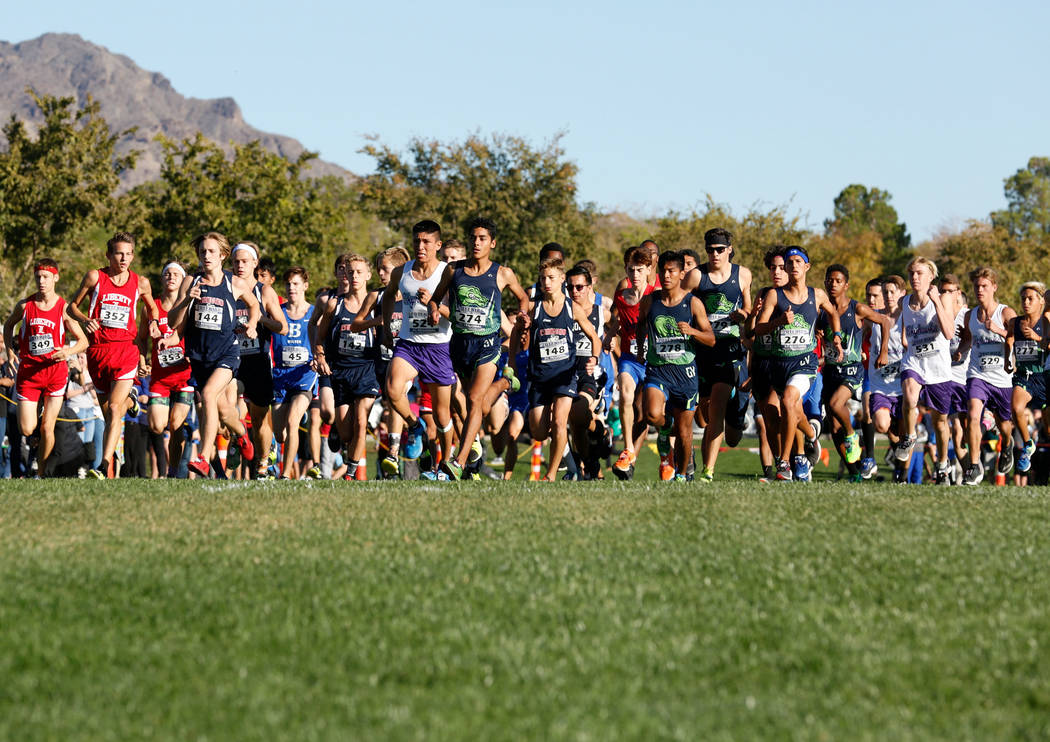Runners compete during the Boys Cross Country Class 4A Sunrise Region race in Boulder City, Friday, Oct. 27, 2017. Chitose Suzuki Las Vegas Review-Journal @chitosephoto