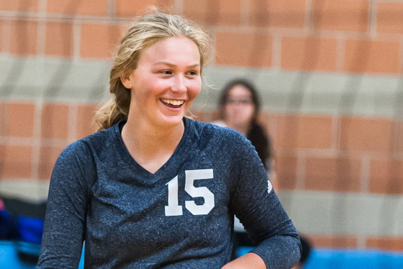 Boulder City senior volleyball player Maggie Roe plays in a tournament in Dixie, Utah, in August 2017. (Spike Cody)