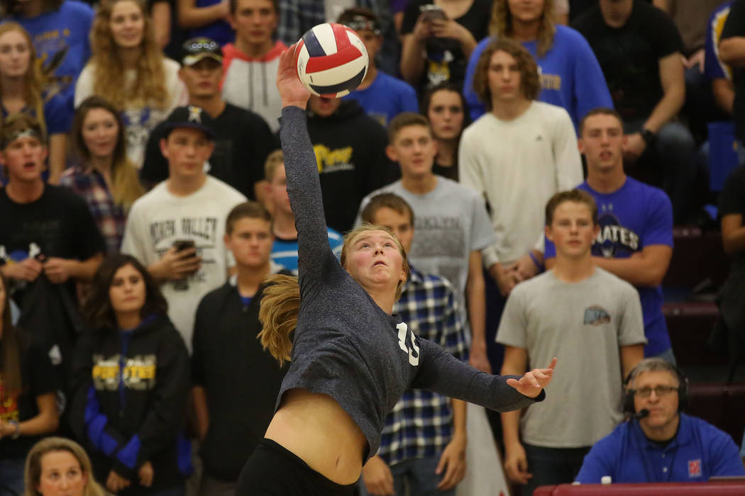 Boulder City player Maggie Roe serves the ball during the class 3A state volleyball championship game against Moapa Valley at Faith Lutheran in Las Vegas on Saturday, Nov. 11, 2017. Boulder City w ...