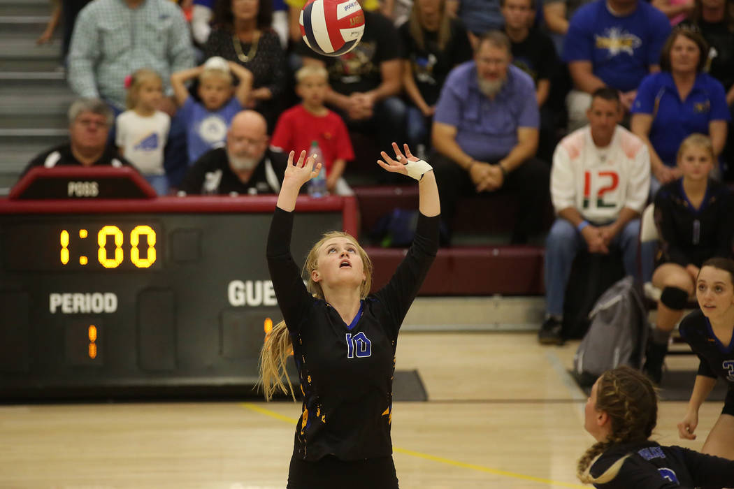 Moapa Valley player 	Aria Messer sets the ball during the class 3A state volleyball championship game against Boulder City at Faith Lutheran in Las Vegas on Saturday, Nov. 11, 2017. Boulder City w ...
