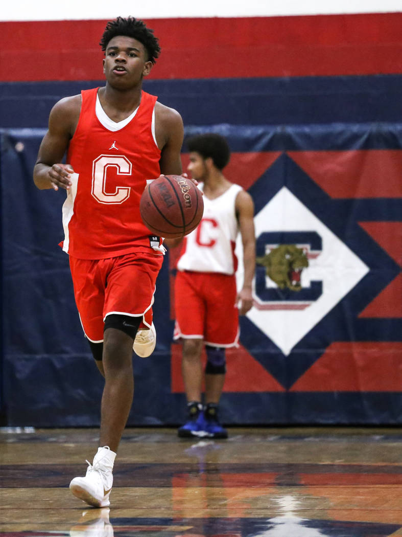 Coronado freshman Jaden Hardy dribbles the ball during a basketball practice at Coronado High School in Henderson, Monday, Nov. 27, 2017. Joel Angel Juarez Las Vegas Review-Journal @jajuarezphoto
