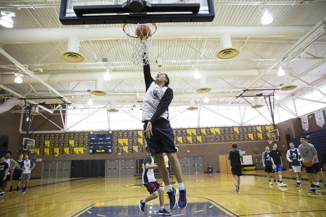 Carson Balistere during a basketball team practice at Boulder City High School in Boulder City, Tuesday, Jan. 2, 2018. Erik Verduzco/Las Vegas Review-Journal