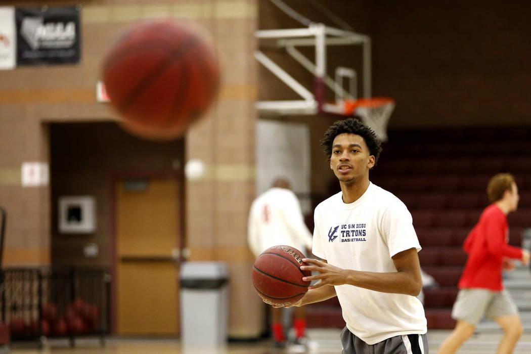 Jaylen Fox shoots the ball during basketball practice at Faith Lutheran High School in Las Vegas on Saturday, Feb. 10, 2018. Andrea Cornejo Las Vegas Review-Journal @DreaCornejo