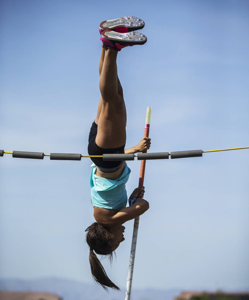 Gabby Carson, one of Nevada's top prep pole vaulters,  practices on Monday, April 9, 2018, at Liberty High School, in Las Vegas.  Benjamin Hager Las Vegas Review-Journal @benjaminhphoto