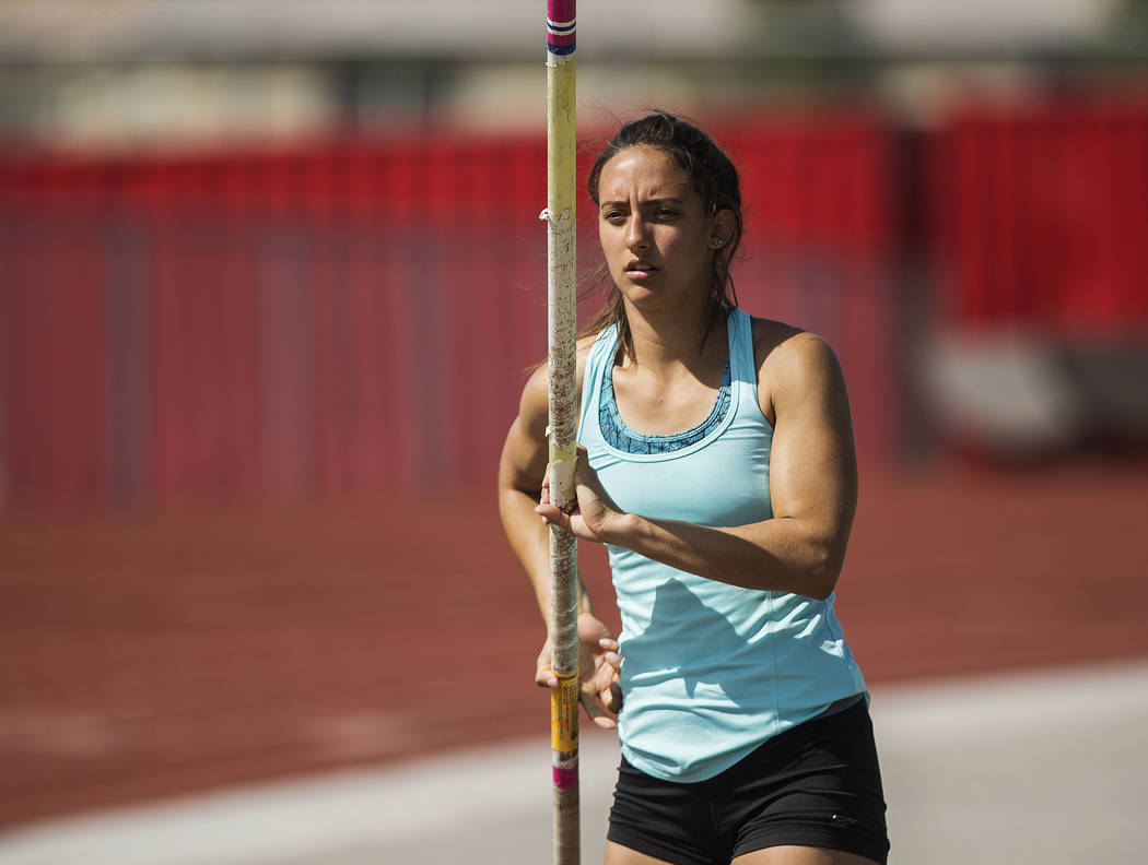 Gabby Carson, one of Nevada's top prep pole vaulters, starts her approach during practice on Monday, April 9, 2018, at Liberty High School, in Las Vegas.  Benjamin Hager Las Vegas Review-Journal @ ...