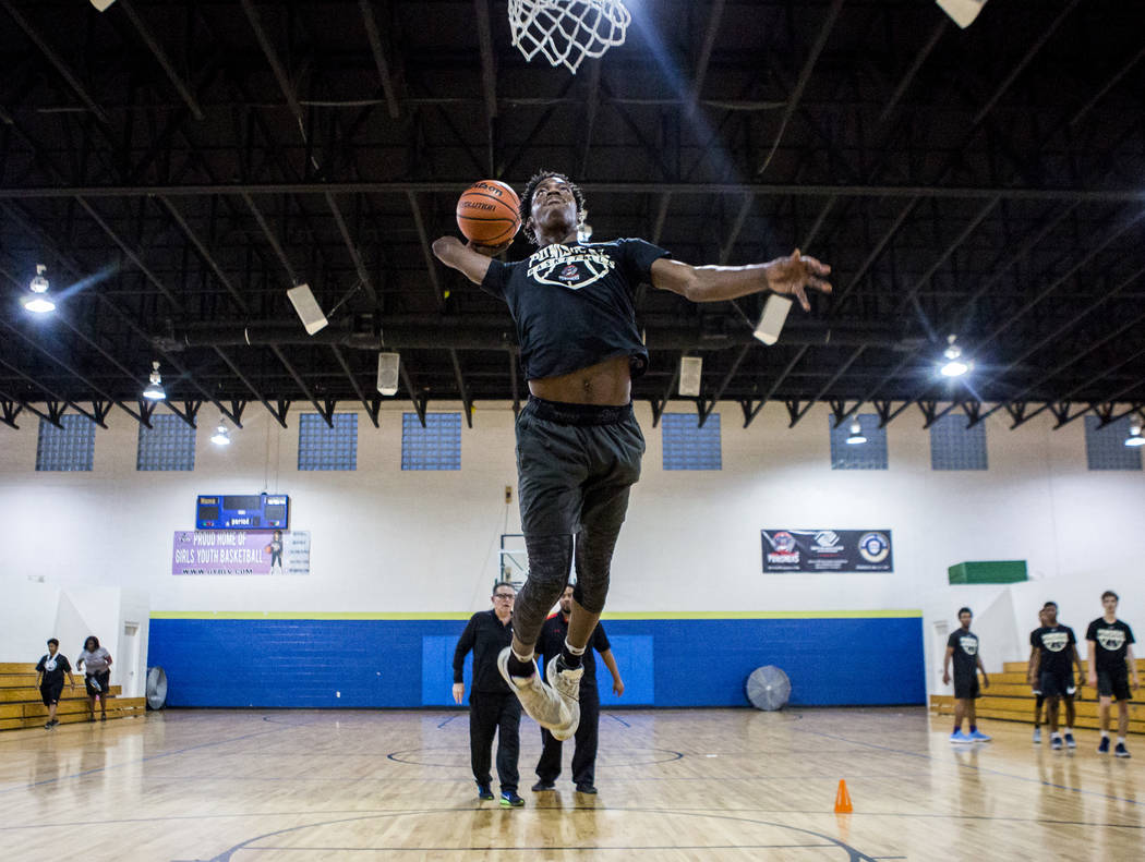 Justin Holliday, a basketball player and recent graduate of Rancho High School, practices at the Donald W. Reynolds Clubhouse in Henderson on Tuesday, April 10, 2018. Holliday was offered a schola ...