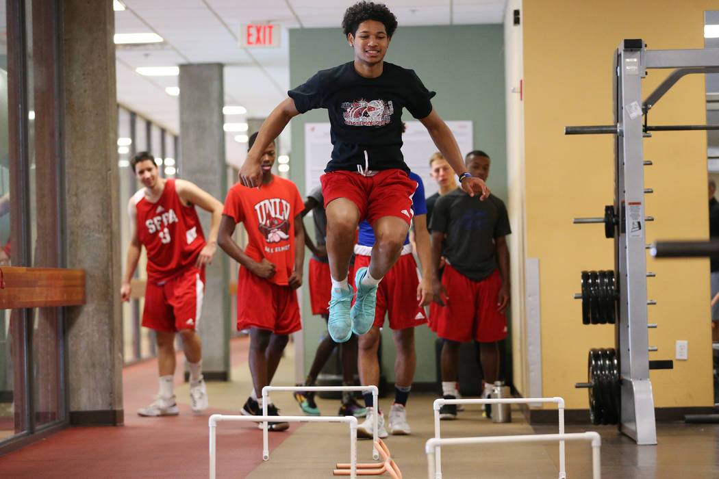 Daishen Nix, 16, during a fitness training session with his basketball team at YMCA, 4141 Meadows Lane, in Las Vegas, Tuesday, July 24, 2018. Erik Verduzco Las Vegas Review-Journal @Erik_Verduzcoi ...