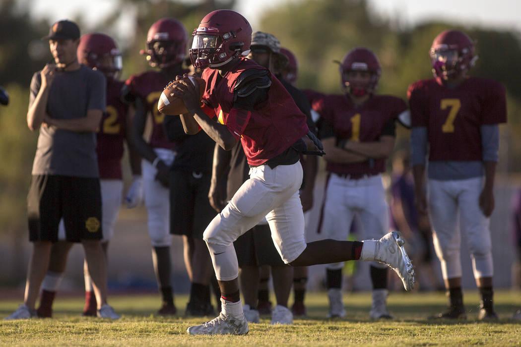 Del Sol sophomore Maalik Flowers runs with the ball during a three-team scrimmage at Del Sol High School on Friday, Aug. 18, 2017, in Las Vegas. Bridget Bennett Las Vegas Review-Journal @bridgetkb ...