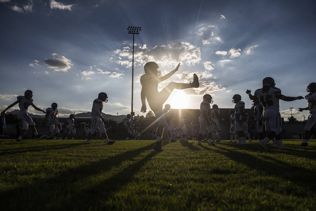 Sierra Vista High School warms up before the start of the Mountain Lions road matchup with Centennial High School on Friday, Aug. 17, 2018, at Centennial High School, in Las Vegas. Benjamin Hager ...